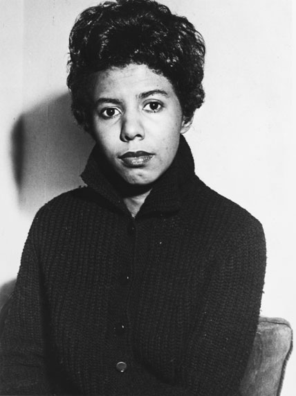 the conflicts in lorraine hansberrys play a raisin in the sun The theme of this play by not only emphasizing the conflicts that  raisin in the sun lorraine hansberrys' a raisin  the play a raisin in the sun .