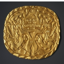 <p>Coclé artist. <i>Plaque with Crocodile Deity</i>, circa 700–900. Sitio Conte, Coclé Province, Panama. Gold, 9 x 8<sup>1</sup>⁄<sub>2</sub> in. (22.9 x 21.6 cm). Brooklyn Museum, Museum Expedition 1931, Museum Collection Fund, 33.448.12</p>