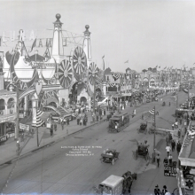 <p>Irving Underhill (American, 1872–1960).<em> Luna Park and Surf Avenue, Coney Island</em>, 1912. Gelatin dry glass plate negative. Brooklyn Museum, Brooklyn Museum/Brooklyn Public Library, Brooklyn Collection, 1996.164.8-B19045. (Photo: Althea Morin, Brooklyn Museum)</p>