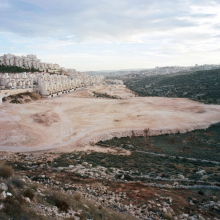 <p>Thomas Struth (German, born 1954). <em>Har Homa, East Jerusalem,</em> 2009. Inkjet print, 58<sup>1</sup>⁄<sub>2</sub> x 72<sup>3</sup>⁄<sub>4</sub> in. (148.6 x 185 cm). © Thomas Struth</p>