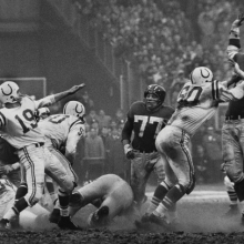 <p>Robert Riger (American, 1924–1995). <em>The Golden Arm, Johnny Unitas</em>, 1958. Gelatin silver print, 12<sup>3</sup>⁄<sub>4</sub> x 18<sup>1</sup>⁄<sub>4</sub> in. (32.4 x 46.4 cm). Collection of the artist. © Robert Riger. Courtesy of the Robert Riger Living Trust</p>