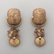 <p><em>Pair of Earrings</em>. Korea, Unified Silla period, 6th century. Gold, 3<sup>11</sup>/<sub>16 </sub>x 1<sup>3</sup>/<sub>8</sub> in. (9.4 x 3.5 cm), each. Brooklyn Museum, Gift of Theodora Wilbour and Jane Van Vleck, by exchange and Designated Purchase Fund, 2013.3a–b. (Photo: Sarah DeSantis, Brooklyn Museum)</p>