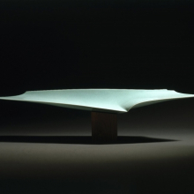 <p>Fukami Sueharu (Japanese, born 1947). <em>Infinity II (Shinso)</em>, 1994. Porcelain with blue-green (seihakuji) glaze, 11 x 47<sup>5</sup>/<sub>8</sub> x 9<sup>1</sup>/<sub>2</sub> in. (27.9 x 121 x 24.1 cm). Brooklyn Museum; Purchased with funds given by Alastair B. Martin, 1994.146a–b. © Fukami Sueharu. (Photo: Brooklyn Museum)</p>