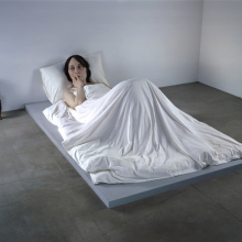 <p>Ron Mueck (Australian, b. 1958). <i>In Bed</i>, 2005. Mixed media, 63<sup>3</sup>⁄<sub>4</sub> x 255<sup>7</sup>⁄<sub>8</sub> x 155<sup>1</sup>⁄<sub>2</sub> in. (161.9 × 649.9 × 395 cm). Private Collection</p>
