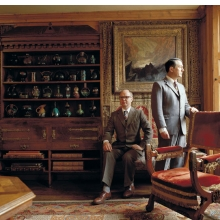 <p>Gilbert &amp; George in their London home, 1987. (Photo: Derry Moore)</p>