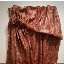 <p>El Anatsui (Ghanaian, b. 1944). <i>Red Block</i>, 2010. Aluminum and copper wire, Two pieces, each 200<sup>3</sup>⁄<sub>4</sub> x 131<sup>1</sup>⁄<sub>2</sub> in. (509.9 &#215; 334 cm). Courtesy of the Broad Art Foundation. Brooklyn Museum photograph</p>