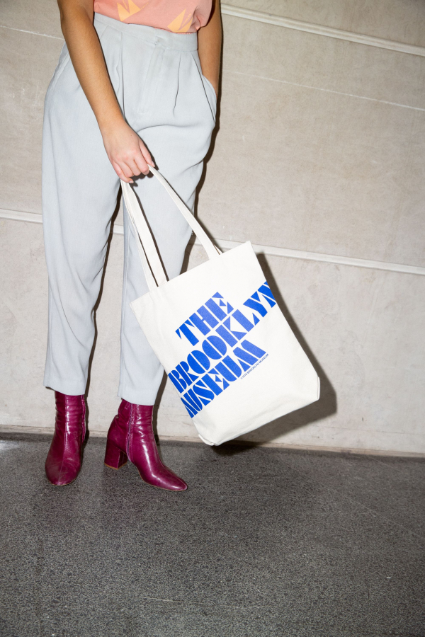 <p>Brooklyn Museum tote bag, courtesy of Only NY</p>