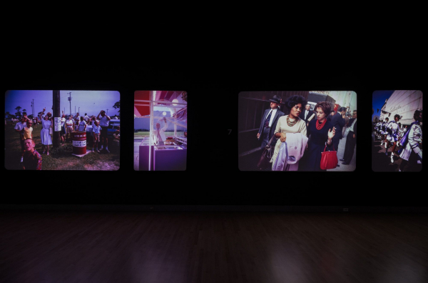 <p>Installation view, <em>Garry Winogrand: Color</em></p>
