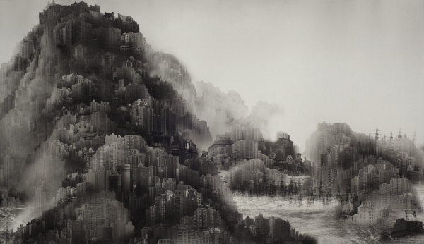 <p>Yang Yongliang: On the Quiet Water - Underwater Paradise (2008)</p>