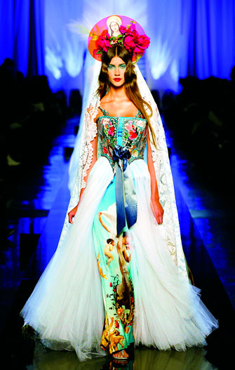 Jean Paul Gaultier: Apparitions gown