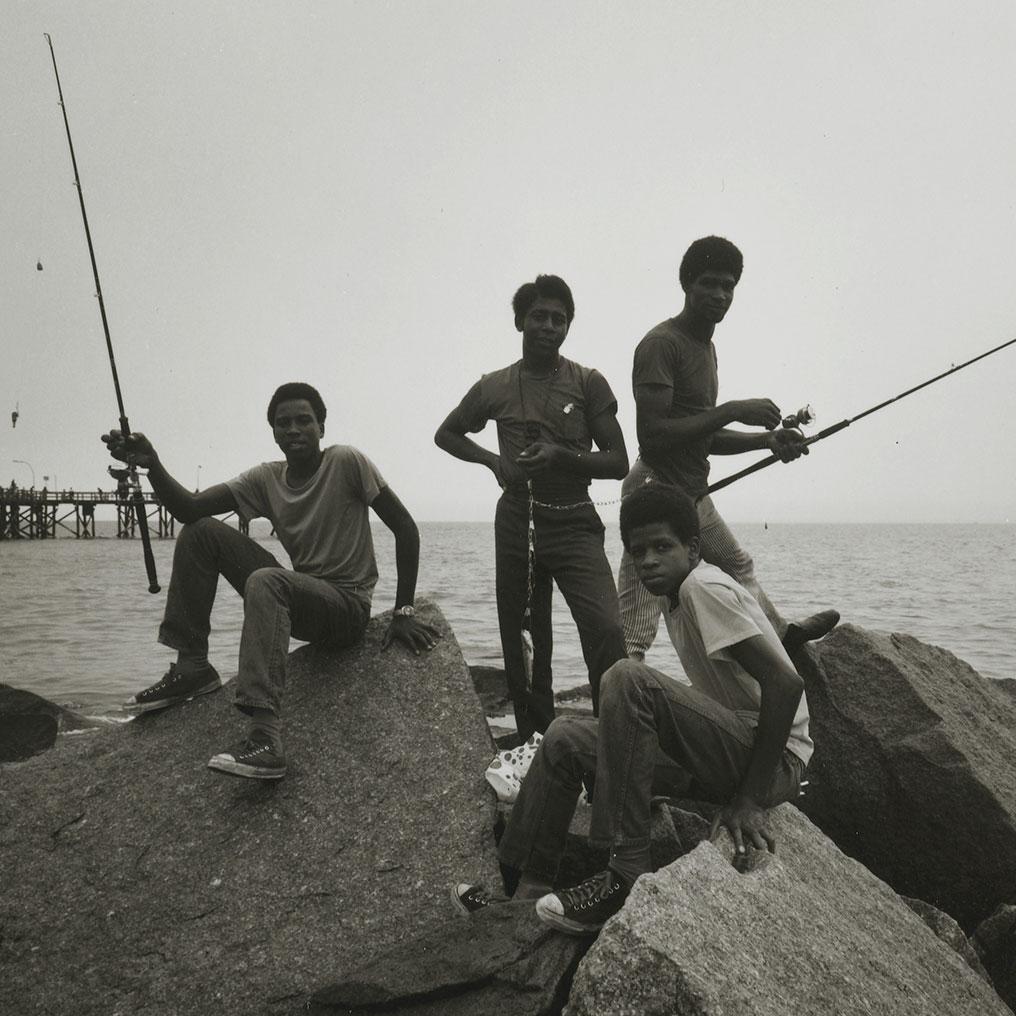 Stephen Salmieri (American, born 1945). Coney Island, 1971. Gelatin silver photograph, image: 8 × 101⁄8 in. (20.3 × 25.7 cm). Brooklyn Museum, Gift of Edward Klein, 82.201.48. ©Stephen Salmieri. (Photo: Sarah DeSantis, Brooklyn Museum)