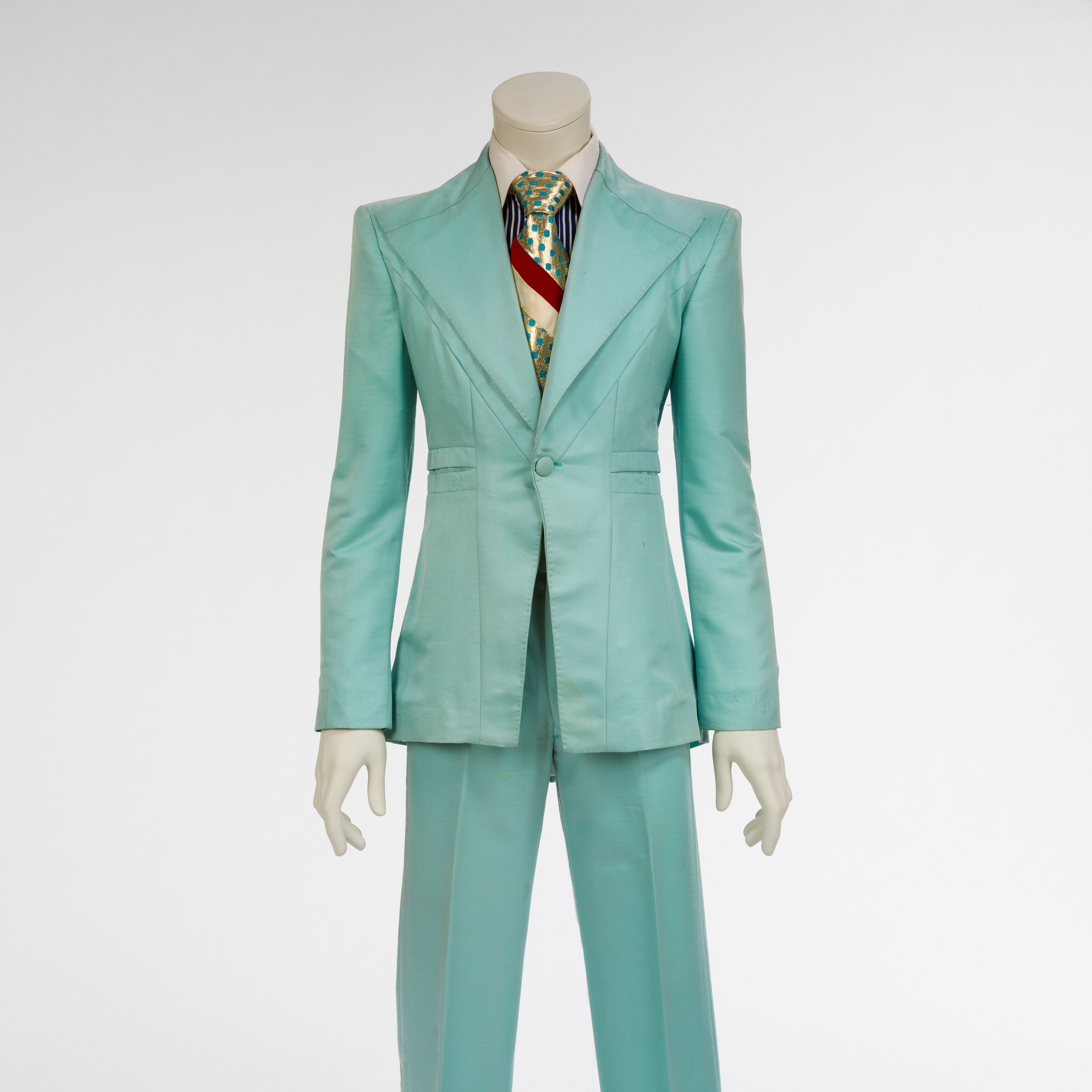 <p>Ice-blue suit, 1972. Designed by Freddie Burretti for the &ldquo;Life on Mars?&rdquo; video. Courtesy of The David Bowie Archive. Image &copy; Victoria and Albert Museum</p>