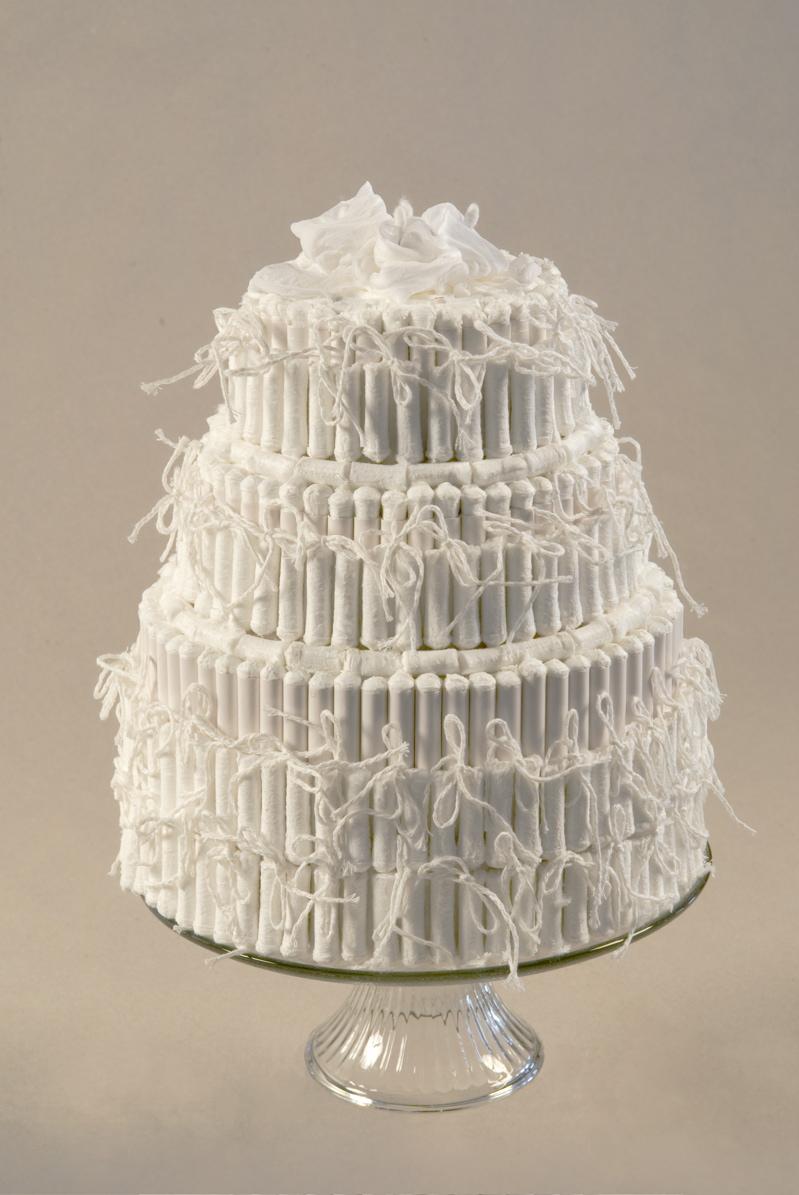 <p>Tampon Wedding Cake</p>
