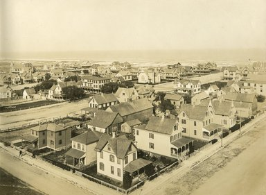 "<em>""Beach Haven: the great seashore opportunity. Views of Beach Haven. View 40: aerial view of houses.""</em>, 1900-1914. Bw photograph (original print), 9 x 7in (23 x 18cm). Brooklyn Museum, Beachhaven. (F142_O2_B35_Beachhaven_038.jpg"