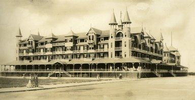 "<em>""Beach Haven: the great seashore opportunity. Views of Beach Haven. View 45: Hotel Baldwin; artist's rendition.""</em>, 1900-1914. Bw photograph (original print), 9 x 7in (23 x 18cm). Brooklyn Museum, Beachhaven. (F142_O2_B35_Beachhaven_043.jpg"