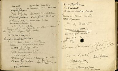 "<em>""Maurice Nahman visitor book (1918-1977). Signature page.""</em>. Manuscript. Brooklyn Museum. (Photo: Brooklyn Museum, N362_N14_Nahman_visitor_book_p23-24.jpg"