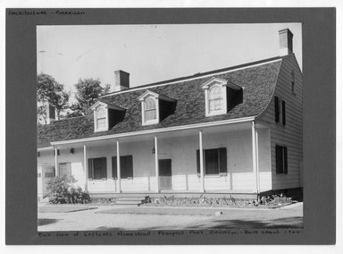 """<em>""""Back view of Lefferts Homestead, Prospect Park, Brooklyn built about 1800.""""</em>. Printed material, 9 x 7.25in (22.9 x 18.4cm). Brooklyn Museum, CHART_2012. (NA202_C68_box3_Lefferts_Homestead_view2.jpg"""