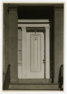 "<em>""Front entrance. Lay House, 11 Cranberry Street, Brooklyn, N.Y. (detail).""</em>. Bw photographic print, 5 x 7 in (13 x 16 cm). Brooklyn Museum, CHART_2011. (Photo: Brooklyn Museum, NA735_B8_L45_Lay_House_neg1568-A_print.jpg"