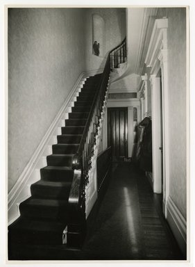 "<em>""Front hall from entrance. Lay House, 11 Cranberry Street, Brooklyn, N.Y.""</em>. Bw photographic print, 5 x 7 in (13 x 16 cm). Brooklyn Museum, CHART_2011. (Photo: Brooklyn Museum, NA735_B8_L45_Lay_House_neg1568-B_print.jpg"