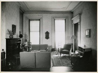 "<em>""Looking south, main room. Lay House, 11 Cranberry Street, Brooklyn, N.Y.""</em>. Bw photographic print, 5 x 7 in (13 x 16 cm). Brooklyn Museum, CHART_2011. (Photo: Brooklyn Museum, NA735_B8_L45_Lay_House_neg1568-H_print.jpg"