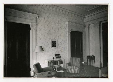"<em>""West wall from the south side, main room. Lay House, 11 Cranberry Street, Brooklyn, N.Y.""</em>. Bw photographic print, 5 x 7 in (13 x 16 cm). Brooklyn Museum, CHART_2011. (Photo: Brooklyn Museum, NA735_B8_L45_Lay_House_neg1568-J_print.jpg"