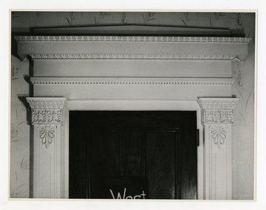 "<em>""Area over small door in west wall of main room. Lay House, 11 Cranberry Street, Brooklyn, N.Y. (detail).""</em>. Bw photographic print, 5 x 7 in (13 x 16 cm). Brooklyn Museum, CHART_2011. (Photo: Brooklyn Museum, NA735_B8_L45_Lay_House_neg1568-K_print.jpg"