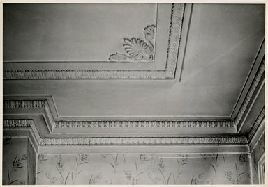 "<em>""Moulding at ceiling in corner between fireplace chimney & front wall in main room showing corner design on ceiling. Lay House, 11 Cranberry Street, Brooklyn, N.Y. (detail).""</em>. Bw photographic print, 5 x 7 in (13 x 16 cm). Brooklyn Museum, CHART_2011. (Photo: Brooklyn Museum, NA735_B8_L45_Lay_House_neg1568-P_print.jpg"