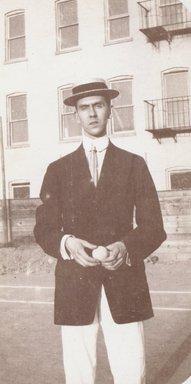 "<em>""Location unknown, 1908""</em>, 1908. Bw photographic print. Brooklyn Museum, Goodyear. (Photo: Brooklyn Museum, S03i0005v01.jpg"