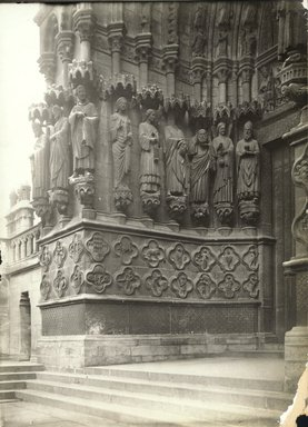 """<em>""""Cathedral, Amiens, France, 1903""""</em>, 1903. Bw photographic print 5x7in, 5 x 7 in. Brooklyn Museum, Goodyear. (Photo: Brooklyn Museum, S03i0718v01.jpg"""