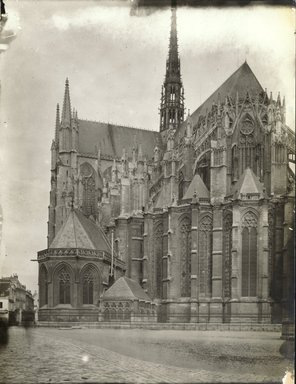 """<em>""""Cathedral, Amiens, France, 1903""""</em>, 1903. Bw photographic print 5x7in, 5 x 7 in. Brooklyn Museum, Goodyear. (Photo: Brooklyn Museum, S03i0723v01.jpg"""