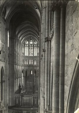 """<em>""""Cathedral, Amiens, France, 1903""""</em>, 1903. Bw photographic print 5x7in, 5 x 7 in. Brooklyn Museum, Goodyear. (Photo: Brooklyn Museum, S03i0738v01.jpg"""