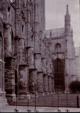 "<em>""Cathedral, Canterbury, England, 1914""</em>, 1914. Bw photographic print 5x7in, 5 x 7 in. Brooklyn Museum, Goodyear. (Photo: Brooklyn Museum, S03i1130v01.jpg"