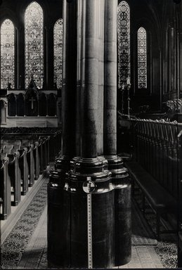 "<em>""Temple Church, London, England, 1914""</em>, 1914. Bw photographic print 5x7in, 5 x 7 in. Brooklyn Museum, Goodyear. (Photo: Brooklyn Museum, S03i1146v01.jpg"