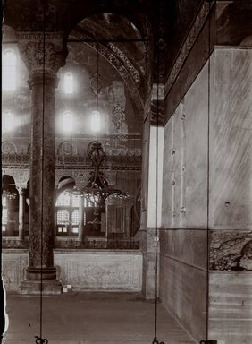 "<em>""St. Sophia, Istanbul, Turkey, 1914""</em>, 1914. Bw photographic print 5x7in, 5 x 7 in. Brooklyn Museum, Goodyear. (Photo: Brooklyn Museum, S03i1176v01.jpg"