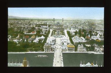 "<em>""Paris Exposition: Trocadero and Pont d'Jena, aerial view, Paris, France, 1900""</em>, 1900. Lantern slide 3.25x4in, 3.25 x 4 in. Brooklyn Museum, Goodyear. (Photo: Brooklyn Museum, S03i1498l01_SL1.jpg"