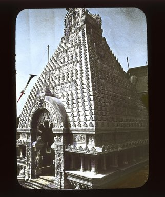"<em>""Paris Exposition: Cambodian Pavilion, Paris, France, 1900""</em>, 1900. Lantern slide 3.25x4in, 3.25 x 4 in. Brooklyn Museum, Goodyear. (Photo: Brooklyn Museum, S03i1507l01_SL1.jpg"