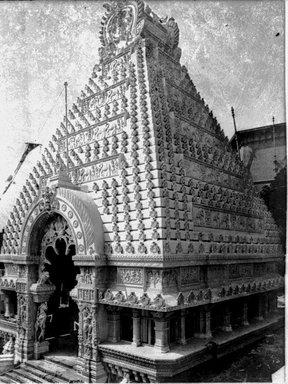 "<em>""Paris Exposition: Cambodian Pavilion, Paris, France, 1900""</em>, 1900. Glass negative 3.25x4.25in, 3.25 x 4.25 in. Brooklyn Museum, Goodyear. (Photo: Brooklyn Museum, S03i1507n01a.jpg"