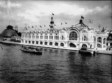 """<em>""""Paris Exposition: Commercial Navigation Building, Paris, France, 1900""""</em>, 1900. Glass negative 3.25x4.25in, 3.25 x 4.25 in. Brooklyn Museum, Goodyear. (Photo: Brooklyn Museum, S03i1508n01a.jpg"""