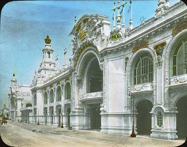 "<em>""Paris Exposition: Palace of Decorative Arts, Paris, France, 1900""</em>, 1900. Lantern slide 3.25x4in, 3.25 x 4 in. Brooklyn Museum, Goodyear. (Photo: Brooklyn Museum, S03i1531l01.jpg"