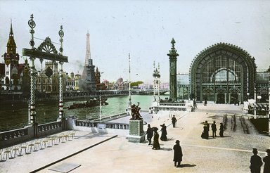 """<em>""""Paris Exposition: Palace of Horticulture and German Pavilion, Paris, France, 1900""""</em>, 1900. Lantern slide 3.25x4in, 3.25 x 4 in. Brooklyn Museum, Goodyear. (Photo: Brooklyn Museum, S03i1538l01.jpg"""