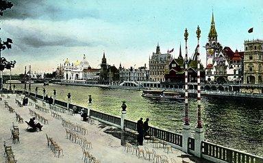 "<em>""Paris Exposition: Quai des Nations, western section, Paris, France, 1900""</em>, 1900. Lantern slide 3.25x4in, 3.25 x 4 in. Brooklyn Museum, Goodyear. (Photo: Brooklyn Museum, S03i1552l01.jpg"