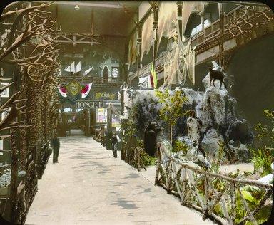 "<em>""Paris Exposition: interior view, Paris, France, 1900""</em>, 1900. Lantern slide 3.25x4in, 3.25 x 4 in. Brooklyn Museum, Goodyear. (Photo: Brooklyn Museum, S03i1564l01.jpg"