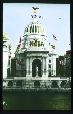 "<em>""Paris Exposition: United States Pavilion, Paris, France, 1900""</em>, 1900. Lantern slide 3.25x4in, 3.25 x 4 in. Brooklyn Museum, Goodyear. (Photo: Brooklyn Museum, S03i1567l01_SL1.jpg"