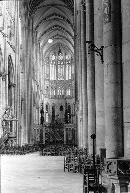 "<em>""Cathedral, Amiens, France, 1907""</em>, 1907. Lantern slide 3.25x4in, 3.25 x 4 in. Brooklyn Museum, Goodyear. (Photo: Brooklyn Museum, S03i1805l01.jpg"