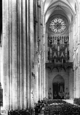 "<em>""Cathedral, Amiens, France, 1907""</em>, 1907. Lantern slide 3.25x4in, 3.25 x 4 in. Brooklyn Museum, Goodyear. (Photo: Brooklyn Museum, S03i1807l01.jpg"