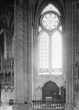 "<em>""Cathedral, Amiens, France, 1907""</em>, 1907. Lantern slide 3.25x4in, 3.25 x 4 in. Brooklyn Museum, Goodyear. (Photo: Brooklyn Museum, S03i1811l01.jpg"