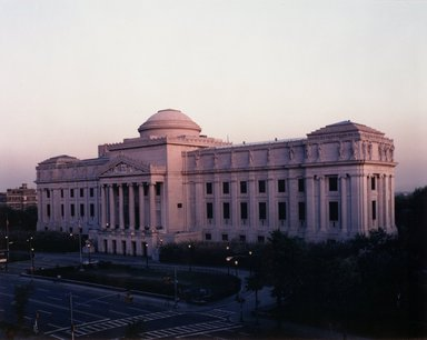 "<em>""Brooklyn Museum: exterior. View of the Eastern Parkway façade from the northwest, showing Eastern Parkway in the foreground, 1987.""</em>, 1987. Color negative 4x5in, 4 x 5in (10.2 x 12.7 cm). Brooklyn Museum, Museum building. (Photo: Brooklyn Museum, S06_BEEi115.jpg"