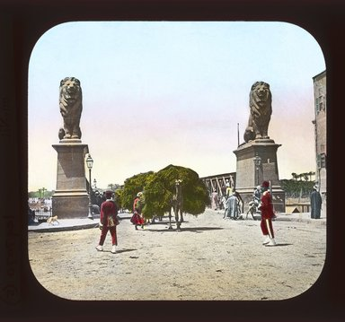 "<em>""Views, Objects: Egypt. General Views; People. View 020: Egypt - Camels Loaded, Kasr-en-Nil.""</em>. Lantern slide 3.25x4in, 3.25 x 4 in. Brooklyn Museum, lantern slides. (Photo: T. H. McAllister, New York, S10_08_Egypt_GeneralViews_People020_SL1.jpg"