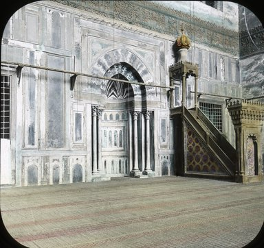 "<em>""Views, Objects: Egypt. General Views; People. View 059: Egypt - Mosque of Sultan Hasan, Pulpit, Cairo 1348 AD.""</em>. Lantern slide 3.25x4in, 3.25 x 4 in. Brooklyn Museum, lantern slides. (Photo: T. H. McAllister, New York, S10_08_Egypt_GeneralViews_People059.jpg"