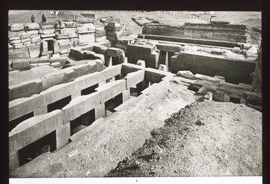 "<em>""Views, Objects: Egypt. Gizeh. View 09: Egyptian - Old Kingdom. Temple of Khephren. Gizeh, 4th Dyn.""</em>. Lantern slide 3.25x4in, 3.25 x 4 in. Brooklyn Museum, lantern slides. (S10_08_Egypt_Gizeh09_SL1.jpg"